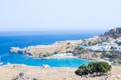 Stadt in den Bergen Lindos, Griechenland Lizenzfreie Stockfotografie