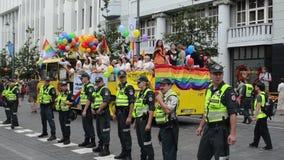 Stadt der homosexuellen Parade der Polizei stock video footage