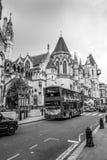 Stadt der London-Straßenansicht - LONDON - GROSSBRITANNIEN - 19. September 2016 Lizenzfreies Stockfoto