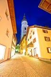 Stadt der Straßen-Abendansicht Kastelruth Castelrotto Stockbilder