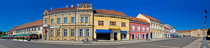 Stadt des Koprivnica-Hauptplatzpanoramas Lizenzfreie Stockbilder