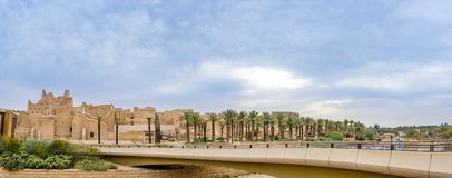 Stadt Diriyah altes Panorama-Tageslicht morgens, Al Bujairi, Riad, KSA - Saudi-Arabien Aldereya - Traif-Erbdorf stockfotos