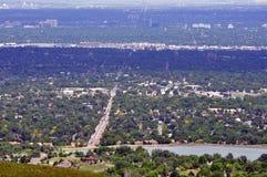Stadt durch Straßen Stockfoto