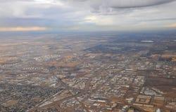 Stadt Edmonton vom Flugzeug Stockbild