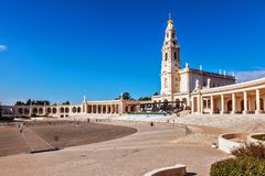Stadt-Fatima-Pilgerfahrtmitte lizenzfreie stockfotografie
