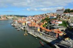 Stadt-Fluss-Ansicht Porto alte, Porto, Portugal Lizenzfreie Stockbilder