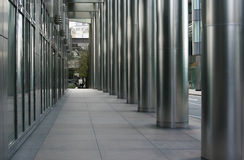 Stadt-Gehweg Lizenzfreie Stockfotografie