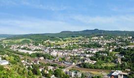 Stadt Gerolstein, Deutschland am Sommertag stockbilder