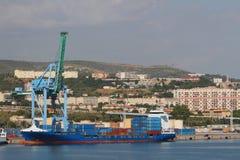 Stadt, Hafen, Behälterfördermaschine Marseille, Frankreich Lizenzfreies Stockfoto