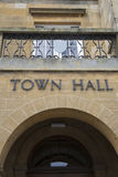 Stadt Hall Sign Stockfotografie