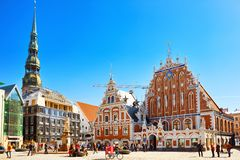 Stadt Hall Square Latvian Ratslaukums ist eine des zentralen squ stockfotos