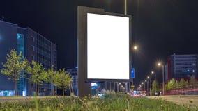Stadt-heller Plakat-Spott oben Einfacher Platz Ihr Plakatdesign auf diesem weißen Hintergrund stock video footage