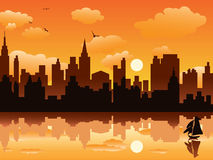 Stadt im Sonnenuntergang Lizenzfreie Stockfotografie