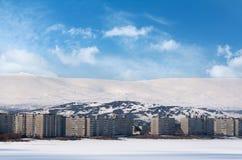 Stadt im Winter-Klima Stockbild
