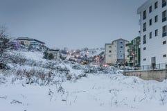 Stadt im Winter-Schnee Stockfoto