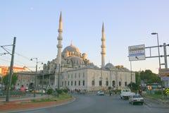 Stadt-Moschee zur Abendzeit Stockfotografie