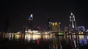 Stadt am Nacht (Sai Gon) veiw von Thu Thiem stock footage