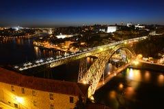Stadt-Nachtansicht Porto alte, Porto, Portugal Lizenzfreies Stockbild