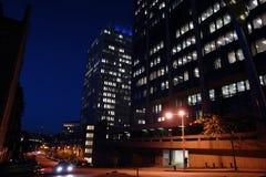 Stadt nachts stockbild