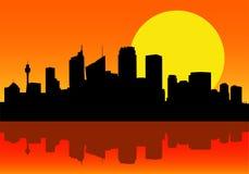 Stadt-Skyline an der Dämmerung lizenzfreie abbildung