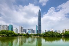 Stadt-Skyline Shenzhens, China stockfotos