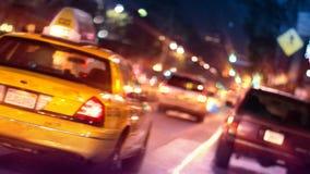 Stadt-Straßen-Verkehr (Zwangsperspektive noch) stock video