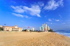 Stadt-Strand Nha Trang am Morgen, Vietnam Lizenzfreies Stockbild