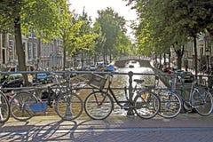 Stadt szenisch von Amsterdam in den Niederlanden Lizenzfreies Stockfoto