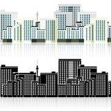 Stadt und das Schattenbild mit Reflexion Lizenzfreies Stockfoto