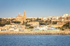 Stadt und Hafen Mgarr lizenzfreies stockfoto