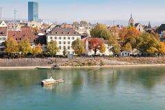 Stadt-und Kathedrale-Fähre in Basel, die Schweiz Lizenzfreie Stockfotos