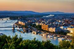 Stadt von Budapest-Sonnenuntergang-Stadtbild stockfotografie