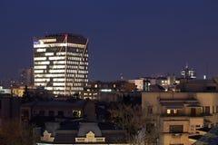 Stadt von Bukarest nachts Stockbild