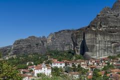 Stadt von Kastraki, Meteora-Berge in Thessalien, Griechenland Lizenzfreies Stockbild