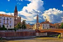 Stadt von Kirche und Lambert Verona Adige-Fluss San-Fermo Maggiore Stockfoto