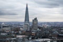 Stadt von London, Geschäft und ein Bankkonto haben Bereich Londons Panorama am Sonnensatz Stockbild