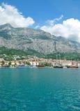 Stadt von Makarska, adriatisches Meer, Dalmatien, Kroatien Lizenzfreies Stockbild