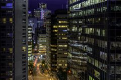 Stadt von Montreal nachts Stockbild