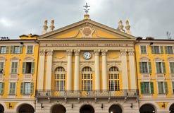 Stadt von Nizza - Architektur des Platzes Garibaldi in Vieille Ville Stockfoto