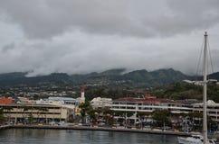 Stadt von Papeete auf der Insel von Tahiti lizenzfreies stockbild