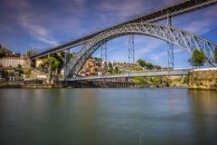 Stadt von Porto in Portugal Brücke Ponte Luiz I über Duero-Fluss Lizenzfreie Stockfotografie