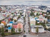 Stadt von Reykjavik von der Spitze Lizenzfreie Stockfotos