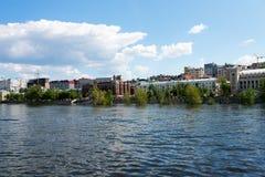 Stadt von Samara mit der Wolga Stockfotografie
