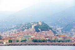 Stadt von San Remo, Italien, Ansicht vom Meer Stockbild