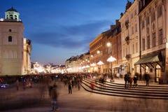Stadt von Warschau in Polen nachts lizenzfreies stockbild