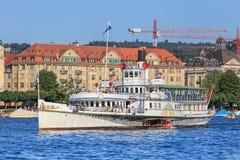Stadt Zurich skepp på sjön Zurich i Schweiz Royaltyfri Bild