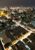 Stadtansicht nachts vom hohen Winkel Lizenzfreie Stockfotografie