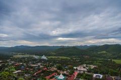 Stadtansicht am Tempel in Lamphun, Thailand lizenzfreies stockbild