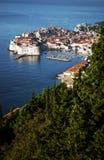 Stadtansicht und -küste Dubrovniks alte in Kroatien Lizenzfreies Stockbild