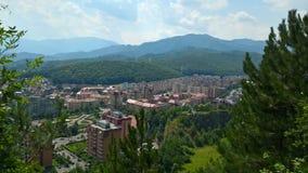 Stadtansicht vom Hügel lizenzfreies stockfoto